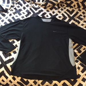 Nike long sleeve running top large black/grey